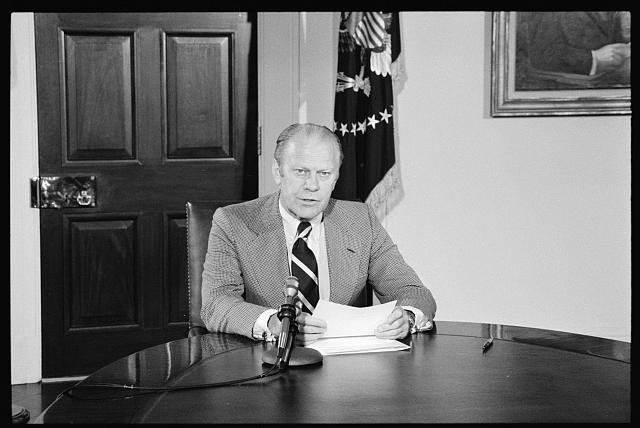 [President Gerald Ford announcing amnesty for draft evaders at the White House, Washington, D.C.]