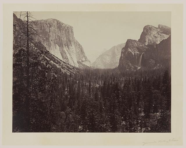 [Entrance to Yosemite Valley, Calif.]