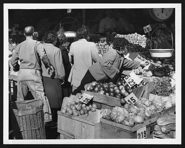 [Shoppers selecting produce at Salz Bros. Market at Brooklyn Terminal Market]