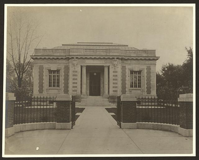 [Case Memorial Library, now The Seymour Library, Auburn, New York]