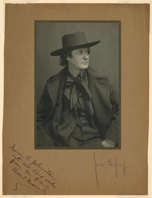 [Elbert Hubbard, half-length portrait, facing right]