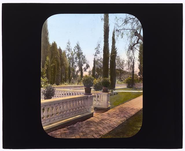 [Mrs. Francis Lemoine Loring house, 700 South San Rafael Avenue, San Rafael Heights, Pasadena, California. Terrace balustrade]