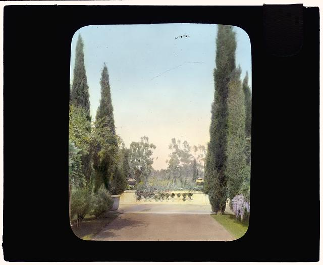 "[""New Place,"" William Henry Crocker house, 80 New Place Road, Hillsborough, California. Balustrade at end of reflecting pool]"