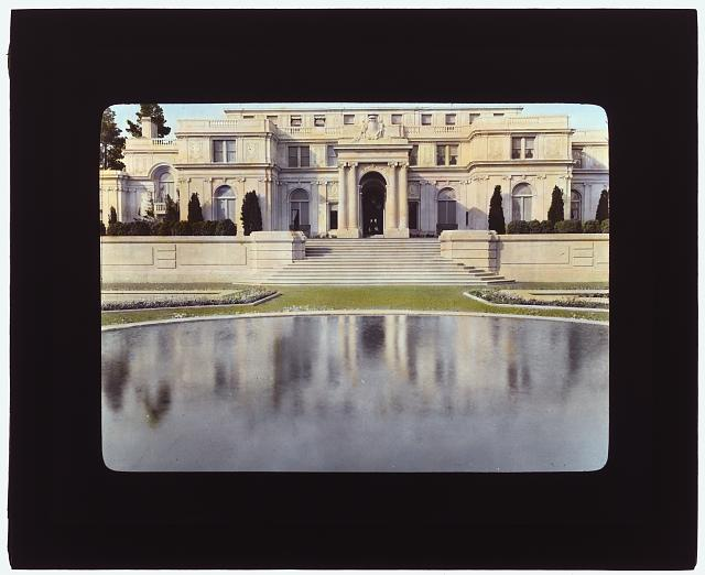 """[""""Uplands,"""" Charles Templeton Crocker house, 400 Uplands Drive, Hillsborough, California. View to porte cochère terrace across reflecting pool]"""