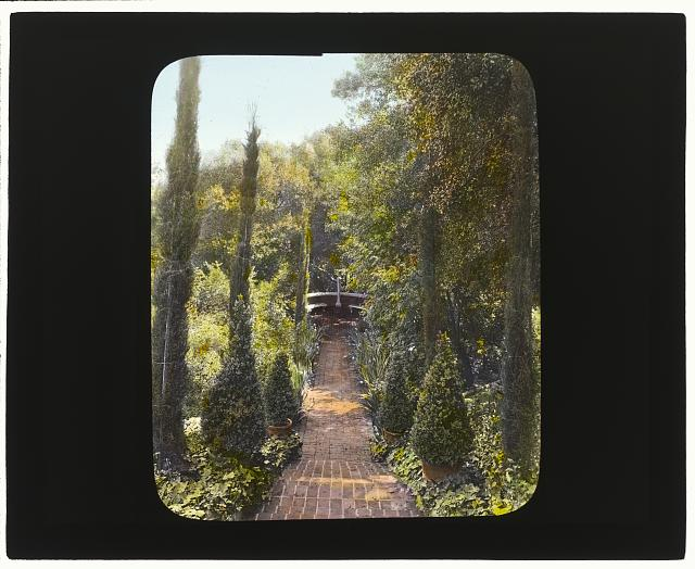 [Mrs. Francis Lemoine Loring house, 700 South San Rafael Avenue, Pasadena, California. Staircase to bench]