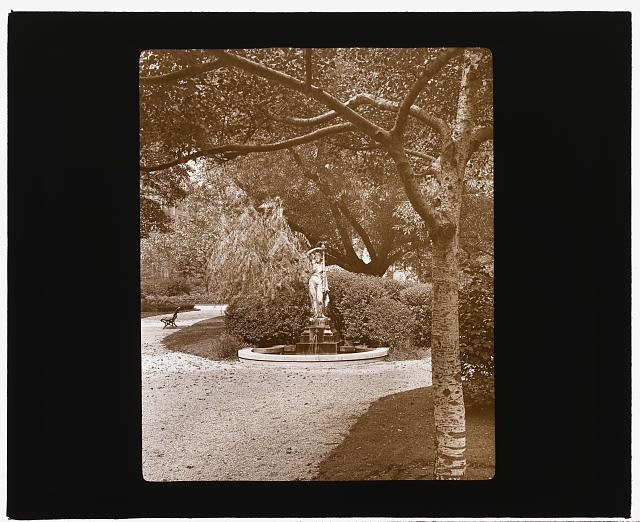 [Gramercy Park, between East 20th and East 21st Streets east of Park Avenue, New York, New York. Fountain]