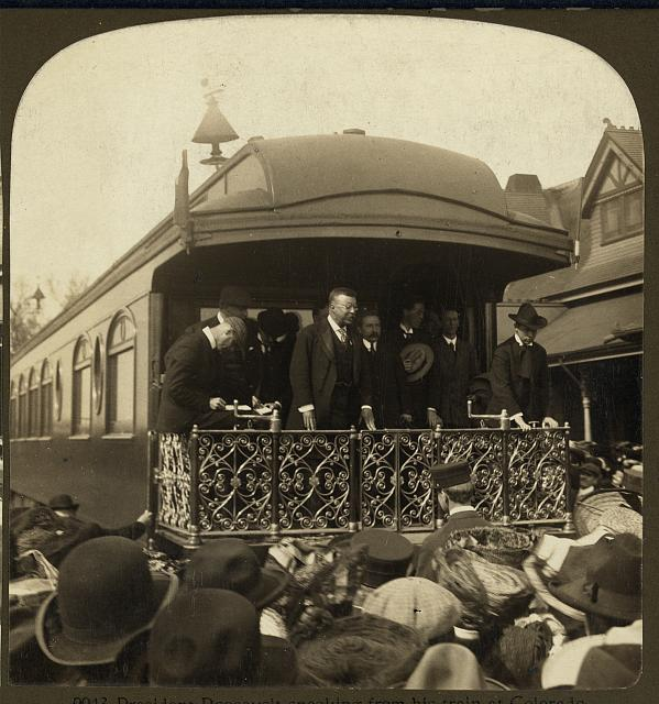 President Roosevelt speaking from his train at Colorado Springs, Col.