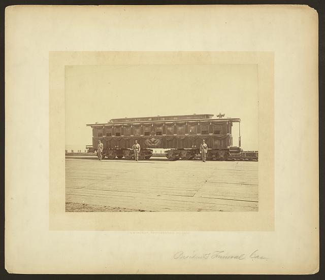 [President Abraham Lincoln&#39;s railroad funeral car]