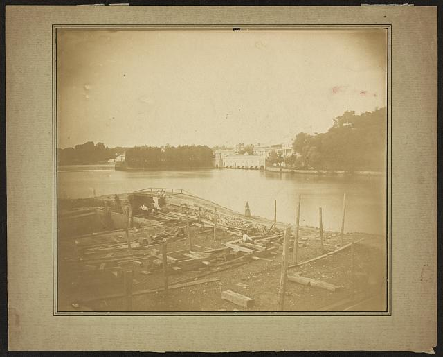 [Fairmount Water Works on the Schuylkill River, Philadelphia, Pennsylvania]