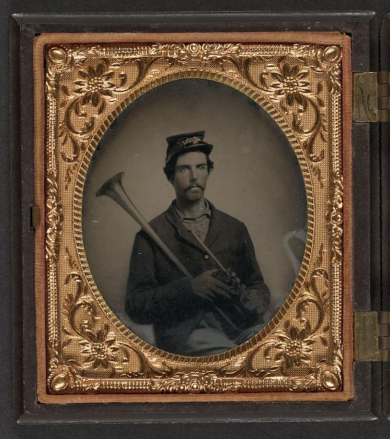 [Unidentified soldier in Union infantry uniform with saxhorn]