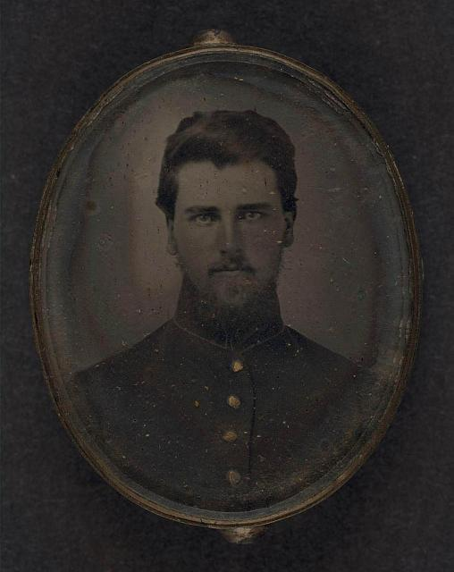 [Unidentified soldier in pendant]