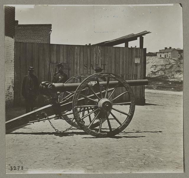 Captured Whitworth gun on wharf awaiting shipment, April 1865, 6278, Richmond, Va.