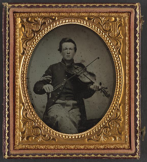 [Unidentified soldier in Union corporal's uniform with viola]