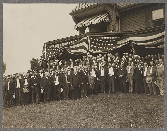 President Roosevelt, members of the Notification Committee, and guests, Sagamore Hill, Oyster Bay, N.Y.