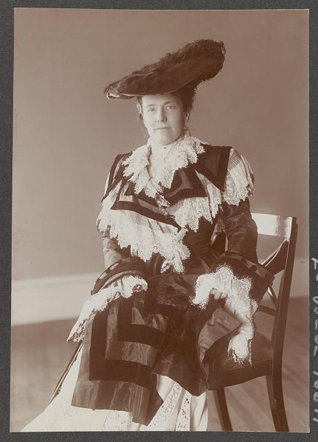 [Edith Kermit Carow Roosevelt, three-quarter length portrait, seated, facing left]