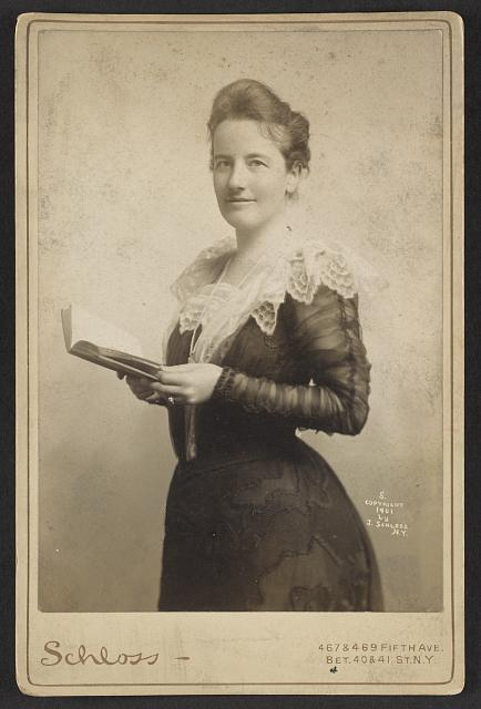 [Edith Kermit Carow Roosevelt, three-quarter-length portrait, holding a book]