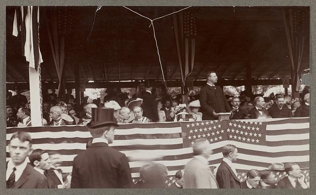 [Theodore Roosevelt giving address - Rochambeau ceremonies no. 1]