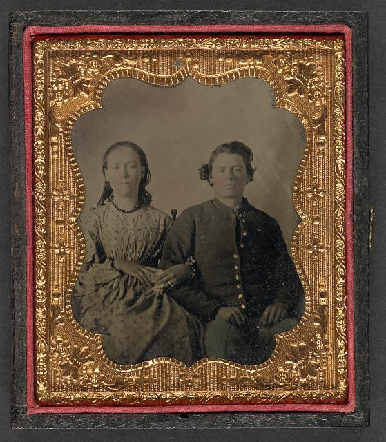 [Unidentified soldier in Union uniform with unidentified woman]