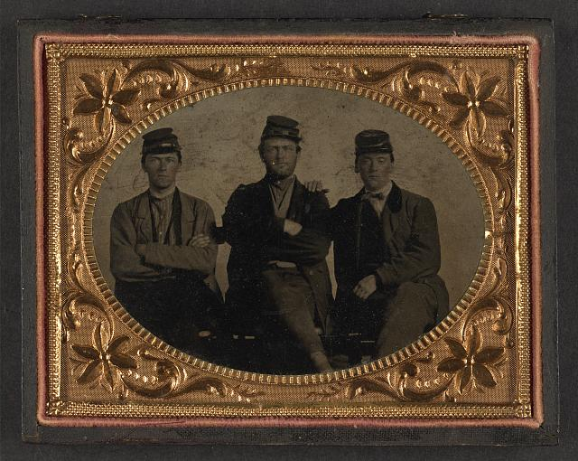 [Three unidentified soldiers]