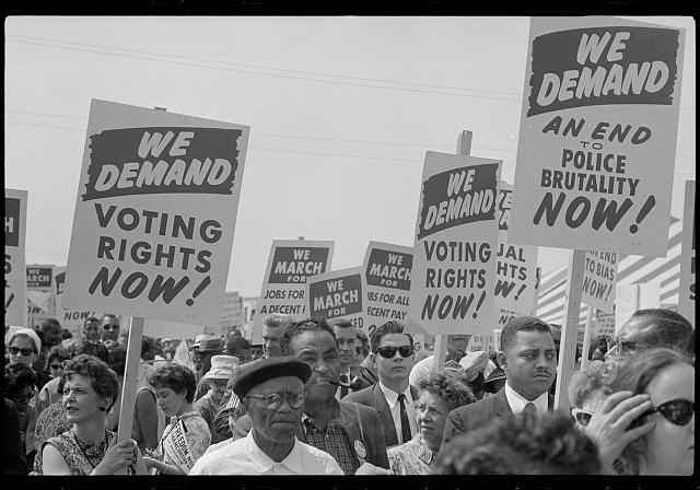 [Marchers with signs at the March on Washington, 1963]