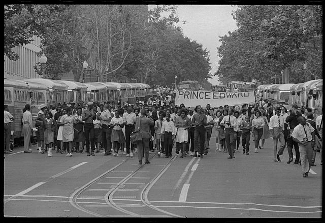 [Marchers with sign about Prince Edward County Virginia schools at the March on Washington, 1963]