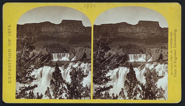 Shoshone Falls, Snake River, Idaho, looking through the timber...