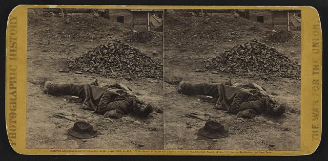 A rebel soldier, killed in the trenches before Petersburgh (i.e. Petersburg) [...]