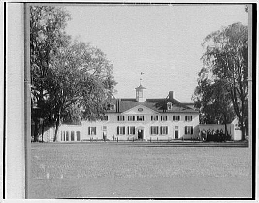 Mount Vernon. Rear view of Mount Vernon mansion