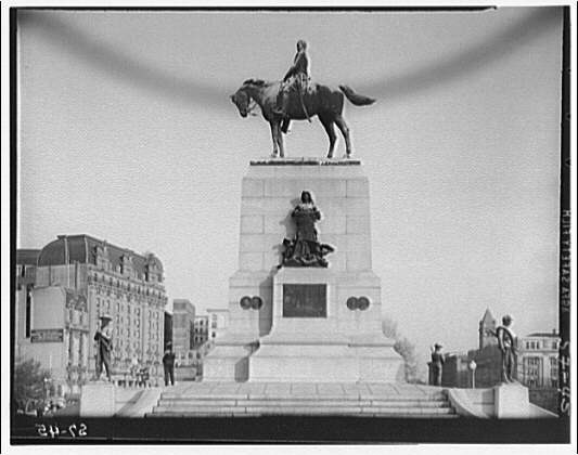 Statues and sculpture. William Tecumseh Sherman statue I