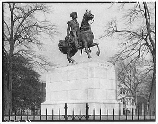 Statues and sculpture. General Washington statue