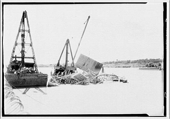 Memorial Bridge. Construction of Memorial Bridge IV