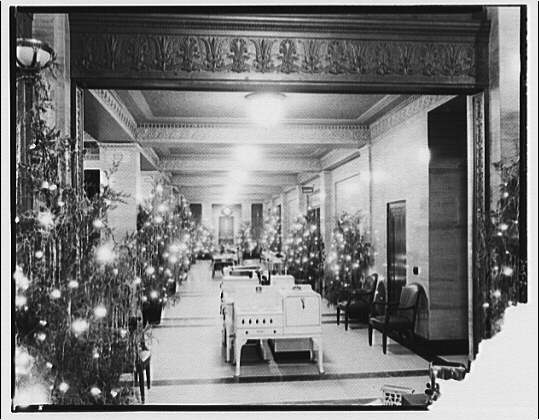 Electric Institute of Washington, Potomac Electric Power Co. Building. Christmas display at the Electric Institute II