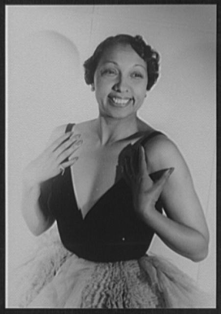 [Portrait of Josephine Baker, Paris]