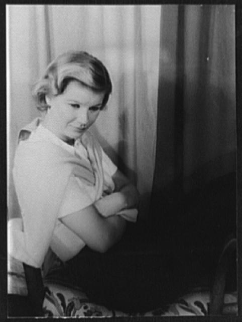 [Portrait of Barbara Bel Geddes]