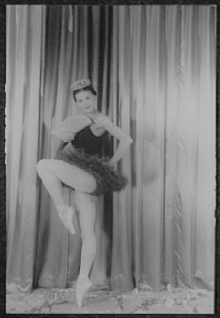 [Portrait of Melissa Hayden, in ballet costume by Kariaska]